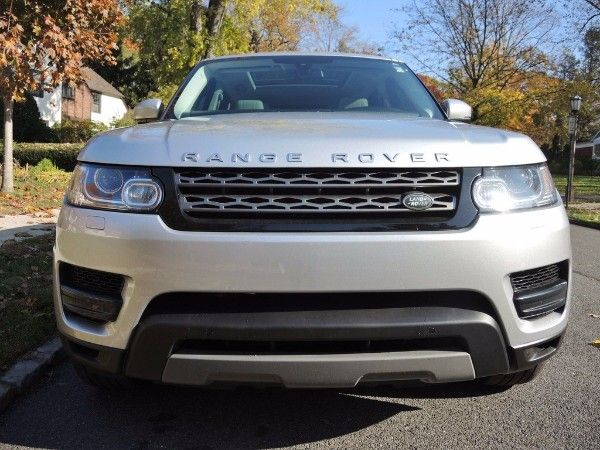 Neat 2015 Range Rover Sport HSE